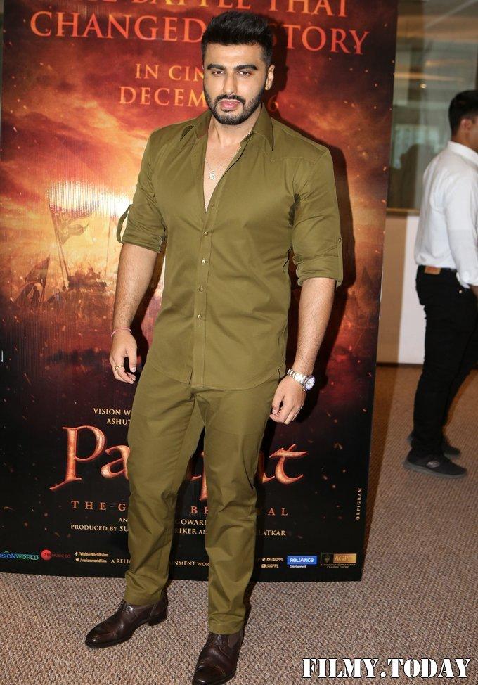 Arjun Kapoor - Photos: Trailer Launch Of Film Panipat At Indus Club   Picture 1696307
