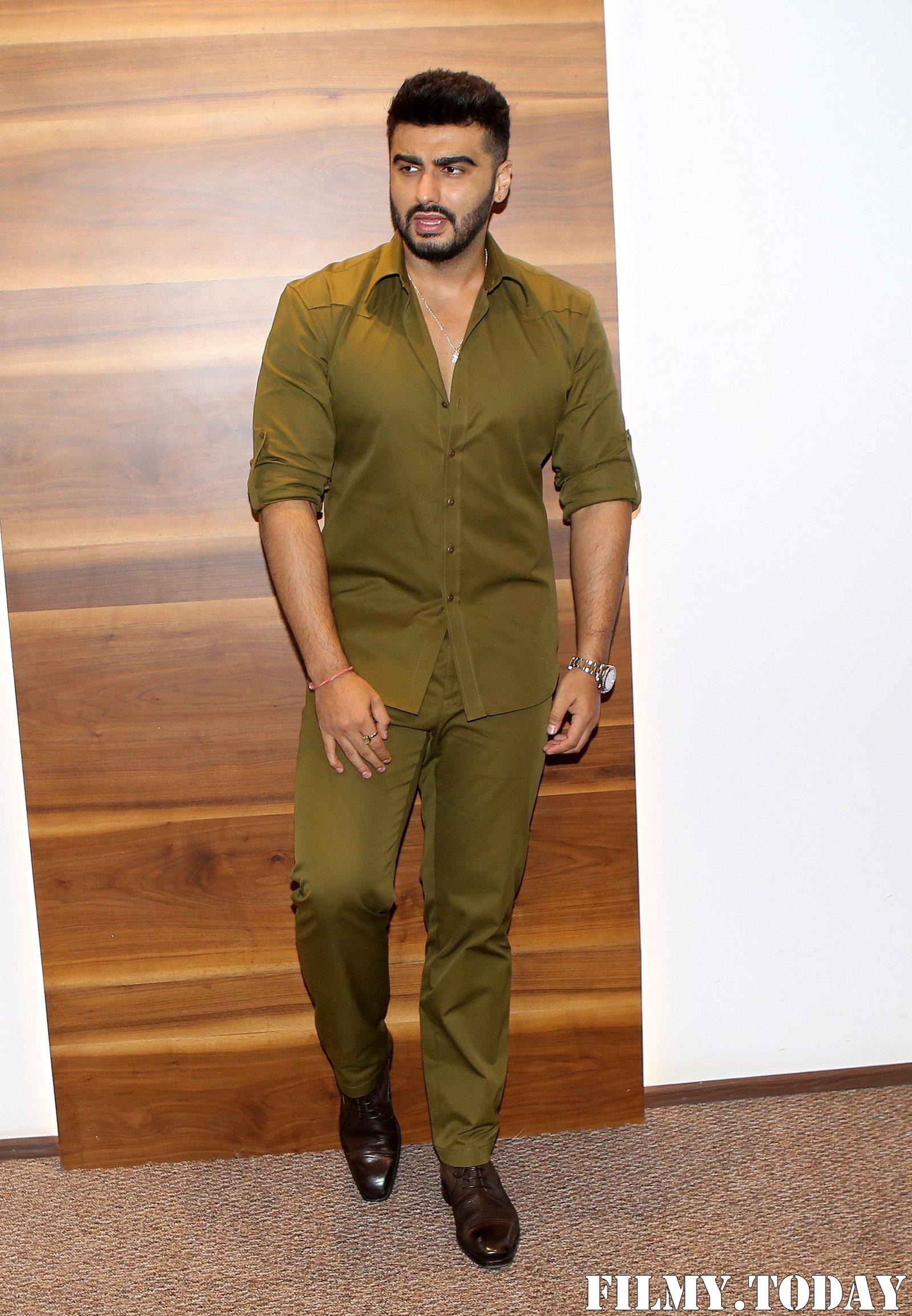 Arjun Kapoor - Photos: Trailer Launch Of Film Panipat At Indus Club | Picture 1696311