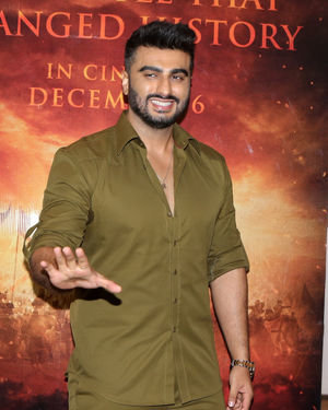 Arjun Kapoor - Photos: Trailer Launch Of Film Panipat At Indus Club | Picture 1696309