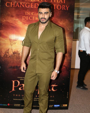 Arjun Kapoor - Photos: Trailer Launch Of Film Panipat At Indus Club | Picture 1696307