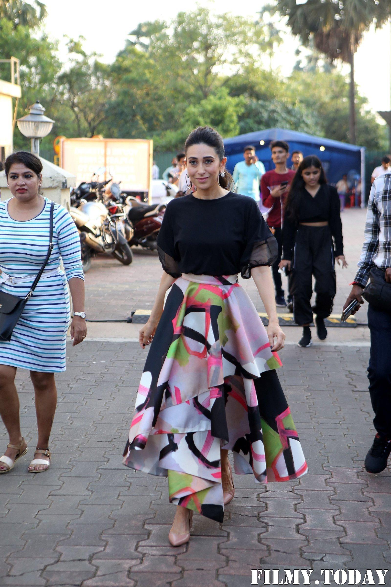 Karisma Kapoor - Photos: Celebs On The Sets Of Zee Tv Movie Masti With Manish Paul | Picture 1696480