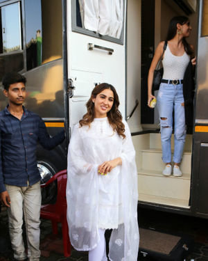 Sara Ali Khan - Photos: Celebs On The Sets Of Zee Tv Movie Masti With Manish Paul | Picture 1696474