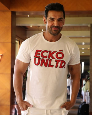 John Abraham - Photos: Promotion Of Film Pagalpanti At Jw Juhu | Picture 1696553