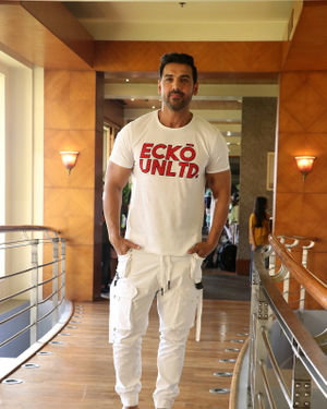 John Abraham - Photos: Promotion Of Film Pagalpanti At Jw Juhu | Picture 1696554