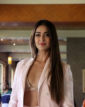 Ileana D Cruz - Photos: Promotion Of Film Pagalpanti At Jw Juhu | Picture 1696577