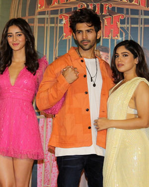 Photos: Trailer Launch Of Pati Patni Aur Woh | Picture 1696385