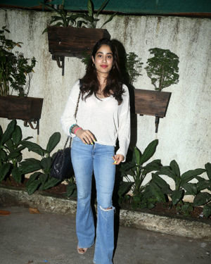 Janhvi Kapoor - Photos: Screening Of Film Bala At Sunny Sound | Picture 1697324