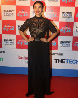 Patralekha - Photos: Red Carpet Of Exhibit Tech Awards 2019