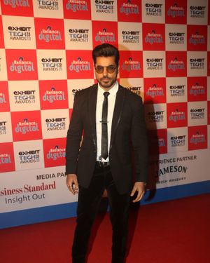Photos: Red Carpet Of Exhibit Tech Awards 2019