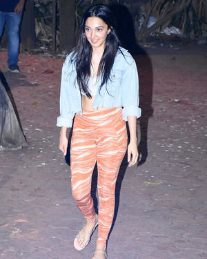 Kiara Advani - Photos: Celebs Spotted At Dance Class In Bandra | Picture 1700418
