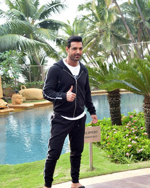 John Abraham - Photos: Promotion Of Film Pagalpanti At Jw Juhu | Picture 1700167
