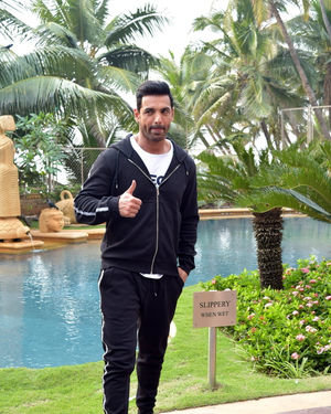 John Abraham - Photos: Promotion Of Film Pagalpanti At Jw Juhu | Picture 1700170