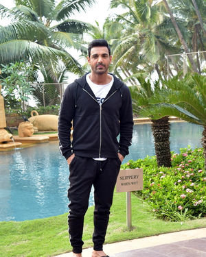 John Abraham - Photos: Promotion Of Film Pagalpanti At Jw Juhu | Picture 1700169