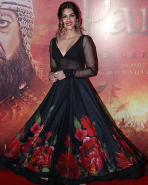 Kriti Sanon - Photos: Mann Mein Shiva Song Launch From Film Panipat At Pvr Ecx | Picture 1701302