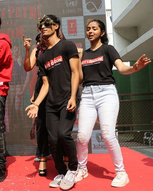 Photos: Promotion Of Film Pati Patni Aur Woh At Mithibai College | Picture 1701196