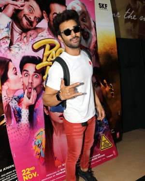 Pulkit Samrat - Photos: Special Screening Of Their Film Pagalpanti For NGO Kids | Picture 1701383
