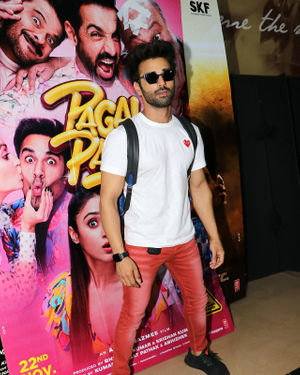 Pulkit Samrat - Photos: Special Screening Of Their Film Pagalpanti For NGO Kids | Picture 1701381