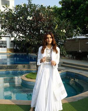 Kriti Sanon - Photos: Promotion Of Film Panipat At Sun N Sand | Picture 1701555