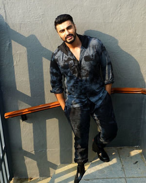 Arjun Kapoor - Photos: Promotion Of Film Panipat At Sun N Sand | Picture 1701548