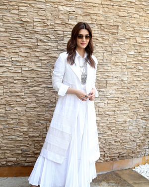 Kriti Sanon - Photos: Promotion Of Film Panipat At Sun N Sand | Picture 1701540