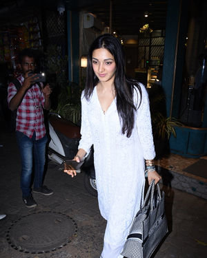 Kiara Advani - Photos: Celebs Spotted at Bandra