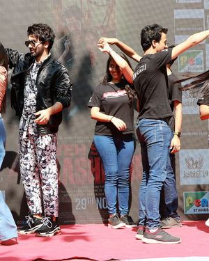 Photos: Promotion Of Film Yeh Saali Aashiqui At Kshitij Fest In Mithibai College | Picture 1702067