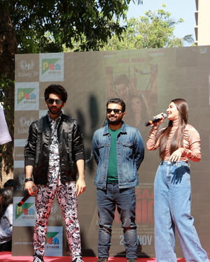 Photos: Promotion Of Film Yeh Saali Aashiqui At Kshitij Fest In Mithibai College | Picture 1702068