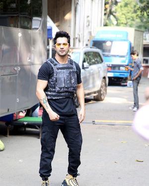 Photos: Varun Dhawan At The Shoot Of Breezer Vivid Shuffle Music Music Video | Picture 1702571