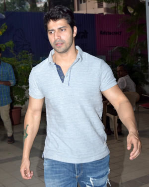 Photos: Celebs Spotted at Juhu