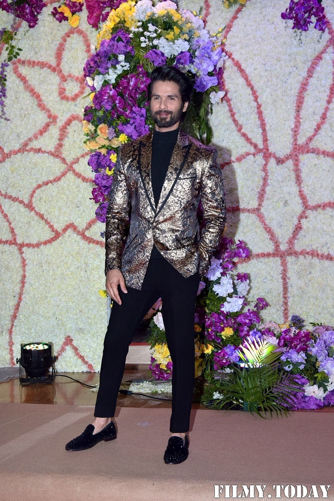 Shahid Kapoor - Photos: Wedding Reception Of Sooraj Barjatya's Son Devansh At Jw Marriott Juhu | Picture 1703024