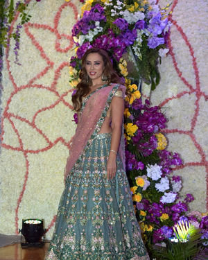 Lulia Vantur - Photos: Wedding Reception Of Sooraj Barjatya's Son Devansh At Jw Marriott Juhu | Picture 1703082