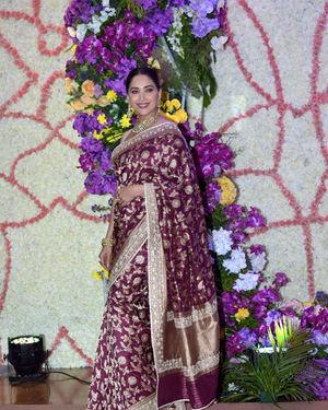 Madhuri Dixit - Photos: Wedding Reception Of Sooraj Barjatya's Son Devansh At Jw Marriott Juhu | Picture 1703087