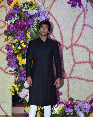 Photos: Wedding Reception Of Sooraj Barjatya's Son Devansh At Jw Marriott Juhu | Picture 1703058