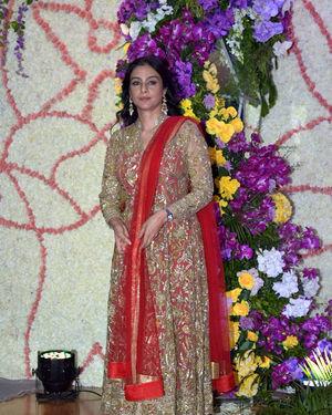 Tabu - Photos: Wedding Reception Of Sooraj Barjatya's Son Devansh At Jw Marriott Juhu | Picture 1703040