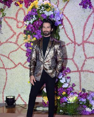 Shahid Kapoor - Photos: Wedding Reception Of Sooraj Barjatya's Son Devansh At Jw Marriott Juhu | Picture 1703024