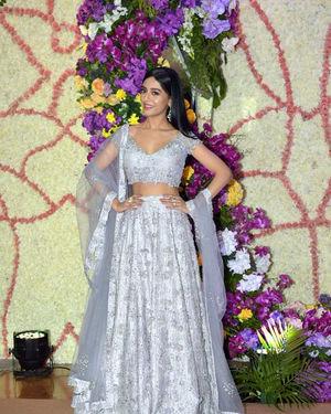 Amrita Rao - Photos: Wedding Reception Of Sooraj Barjatya's Son Devansh At Jw Marriott Juhu   Picture 1703064