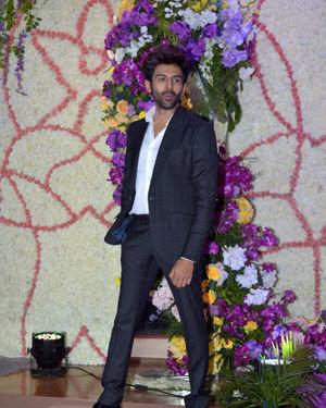 Kartik Aaryan - Photos: Wedding Reception Of Sooraj Barjatya's Son Devansh At Jw Marriott Juhu | Picture 1703100