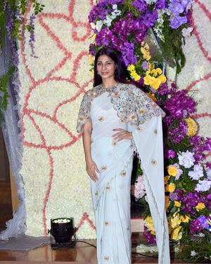Tanisha Mukherjee - Photos: Wedding Reception Of Sooraj Barjatya's Son Devansh At Jw Marriott Juhu | Picture 1703029