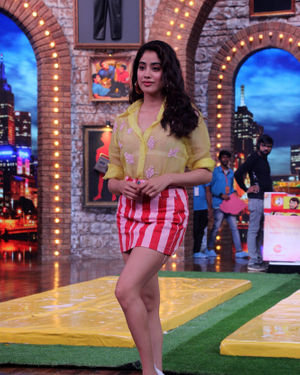 Janhvi Kapoor - Photos: Celebs On The Sets Of Zee Tv Movie Masti With Manish Paul | Picture 1688983