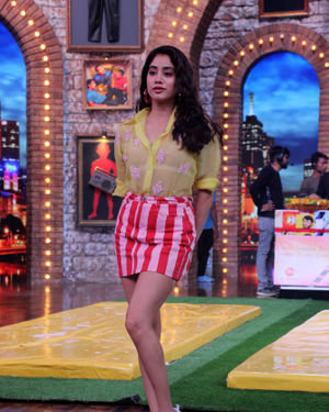 Janhvi Kapoor - Photos: Celebs On The Sets Of Zee Tv Movie Masti With Manish Paul | Picture 1688981