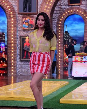 Janhvi Kapoor - Photos: Celebs On The Sets Of Zee Tv Movie Masti With Manish Paul | Picture 1688982