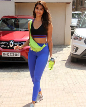 Pooja Hegde - Photos: Celebs Spotted at Gym