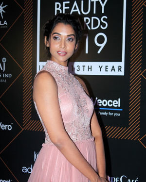 Anupriya Goenka - Photos: Elle Beauty Awards 2019