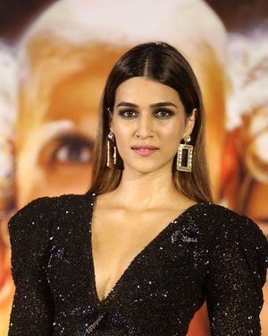 Kriti Sanon - Photos: Housefull 4 Press Conference At Hyderabad