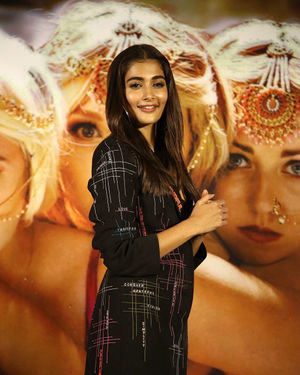 Pooja Hegde - Photos: Housefull 4 Press Conference At Hyderabad | Picture 1690069