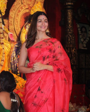 Alia Bhatt - Photos: Celebs At Durga Puja In Juhu