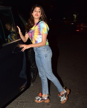 Photos: Janhvi Kapoor Spotted At Arjun Kapoor's House | Picture 1691962