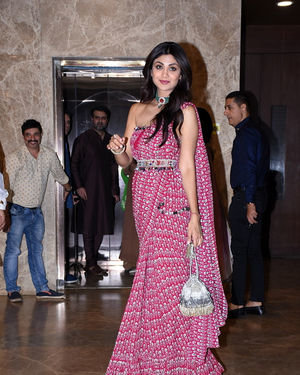 Shilpa Shetty - Photos:  Celebs At Ramesh Taurani's Diwali Party At His Bandra Residence   Picture 1692443