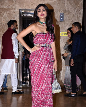 Shilpa Shetty - Photos:  Celebs At Ramesh Taurani's Diwali Party At His Bandra Residence   Picture 1692444