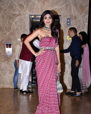 Shilpa Shetty - Photos:  Celebs At Ramesh Taurani's Diwali Party At His Bandra Residence   Picture 1692445
